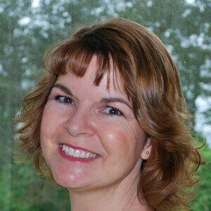 Headshot image of Valerie Cudnik